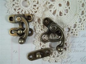 antique bronze box closures by butterbeescraps