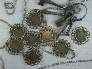 bronzw round metal filigree embellishments