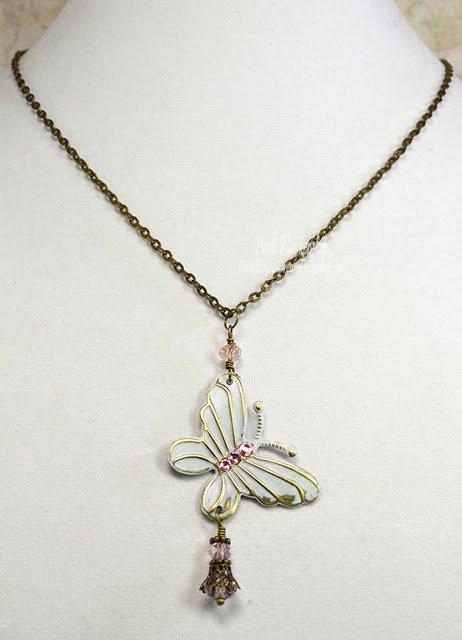 ButterflyBeadedDangleNecklace
