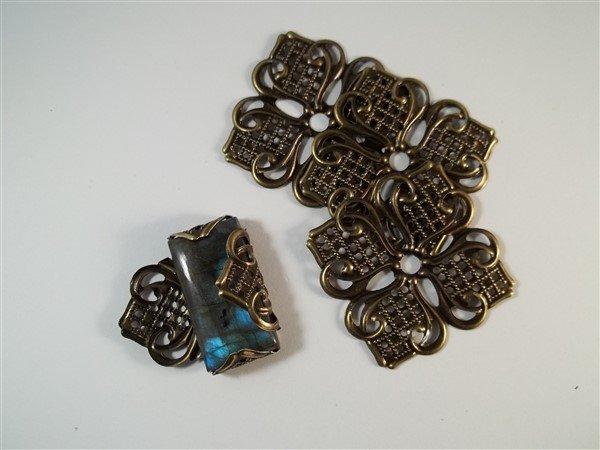 bronze filigree stone setting
