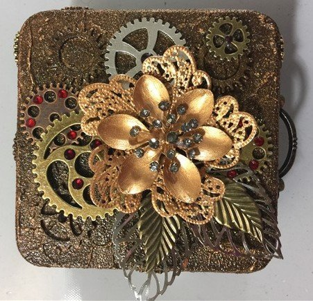 Mixed medias art inspirational projects gallery for Steampunk arts and crafts