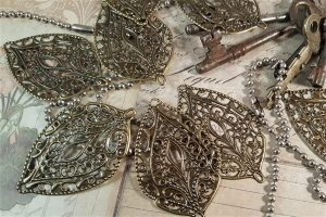 bronze leaf metal filigree embellishments