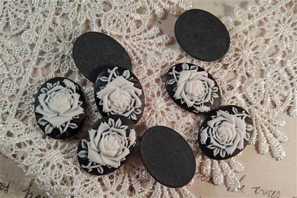 medium black rose resin cameo