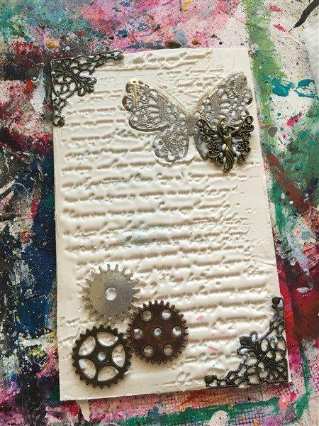 http://kerisallee.com/2016/03/14/butterbee-scraps-faith-journal/