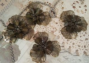 bronze dimensional flower metal filigree embellishments