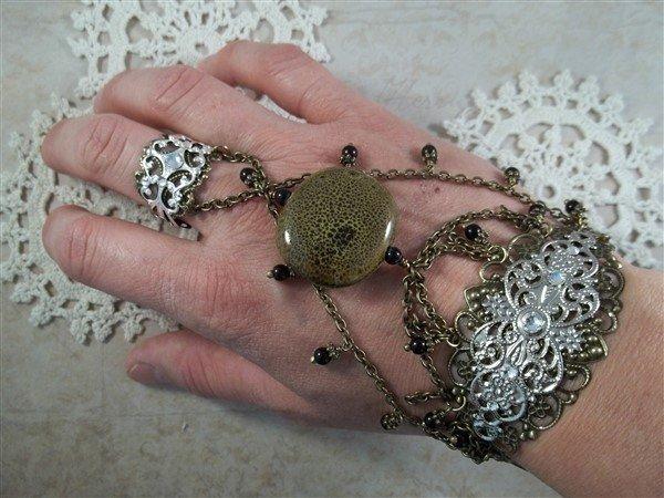 Metal Filigree Embellishment (#683)