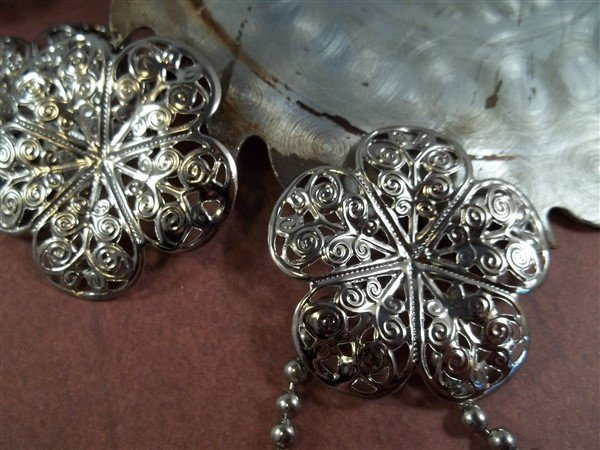 Flower Metal Filigree Embellishment (#161)