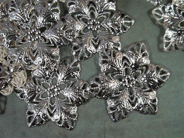 Flower Metal Filigree Embellishment (#282)