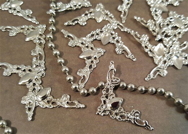Miniature Corner Metal Filigree Embellishment (#730)
