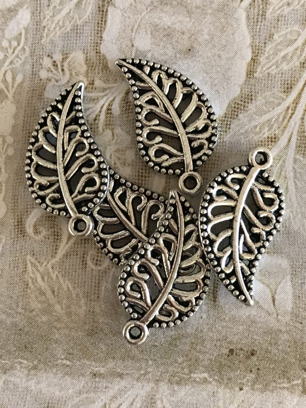Small Leaf Charm Pendants (#462)