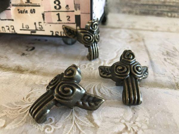 Antique Bronze Rosette Box Feet (#HD735-B)