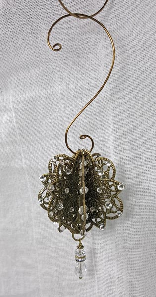 Flower Metal Filigree Embellishment (#168)